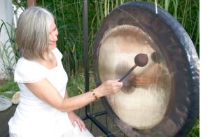 Gong und Yoga mit Petra Wolf